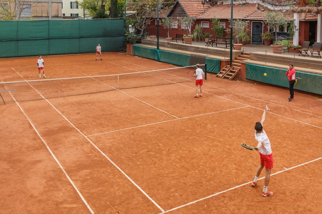 <Scuola tennis del Tennis Club di Genova