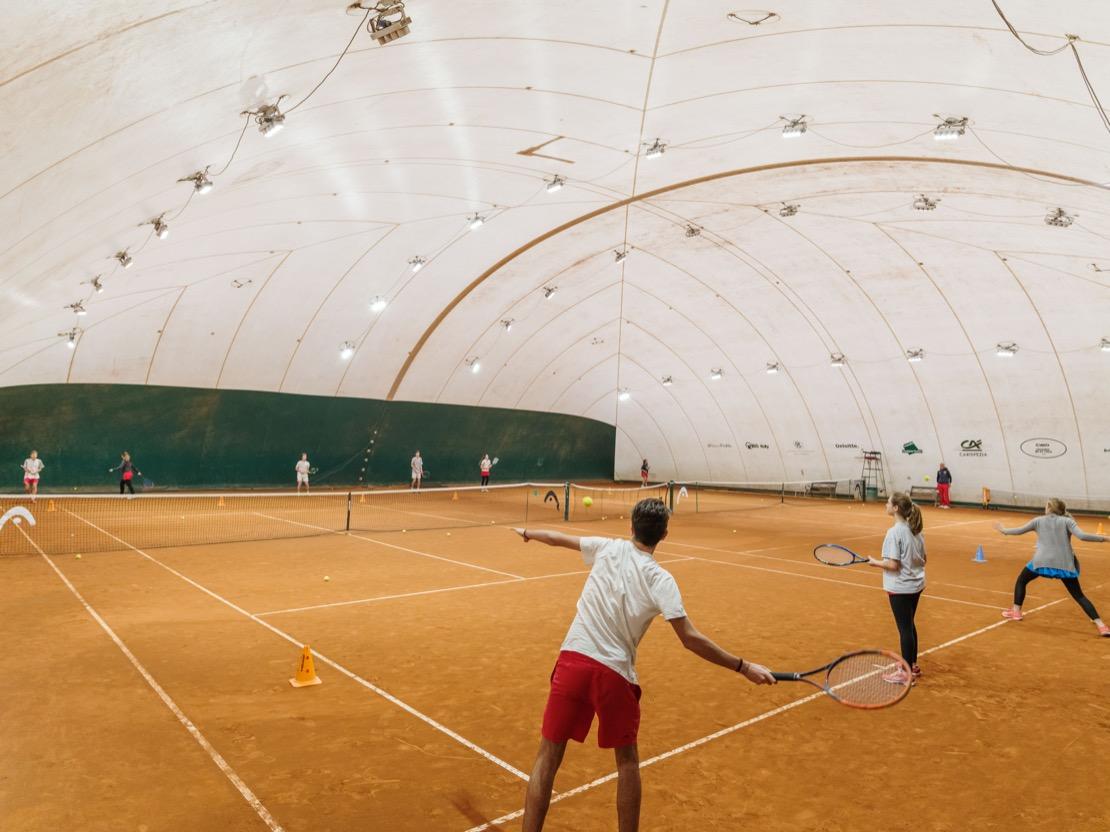<Campo coperto tennis Club Genova
