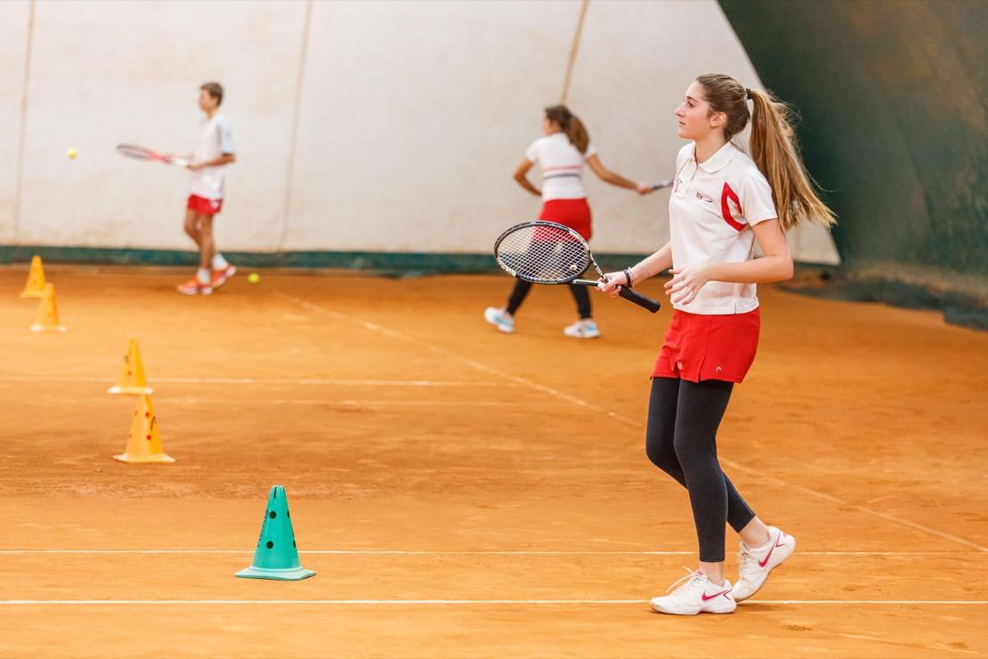 <Tennis Club Genova Campi da gioco Coperti